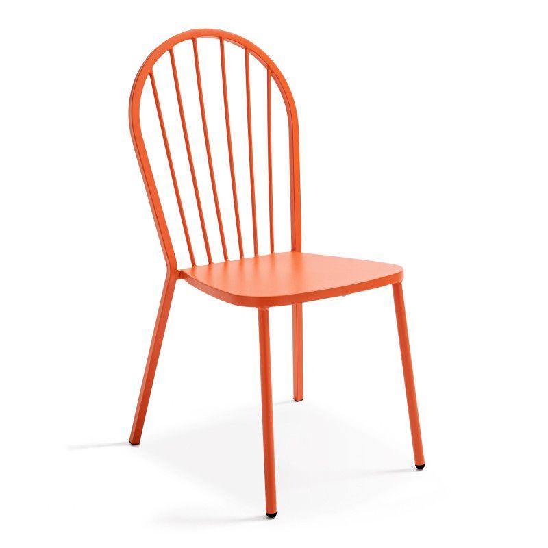 Chaise bistro orange terrasse extérieure