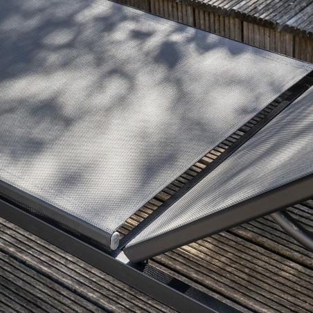 Bain de soleil gris en aluminium terrasse hôtel