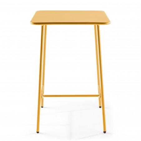 Table haute en métal jaune