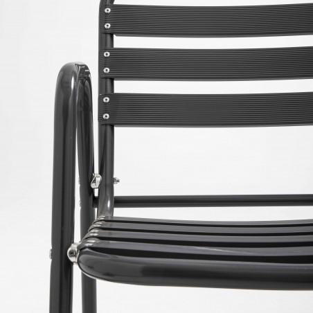 Focus chaise grise alu terrasse bistro café